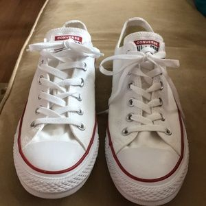 Men's 8 women's 10 white converse new !! L@@k!